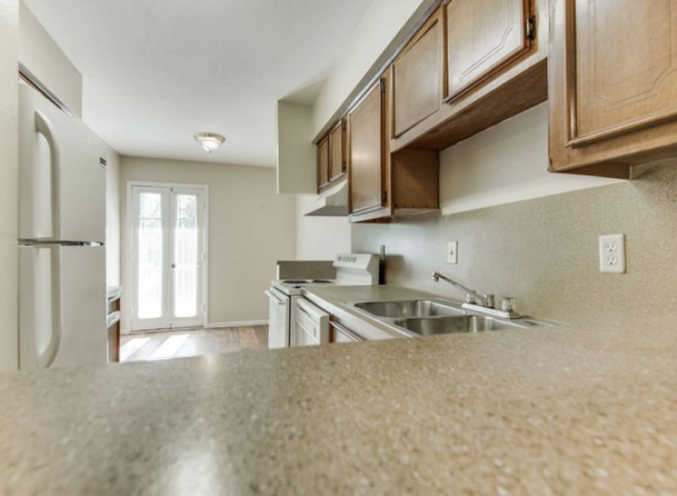 Greenbriar Bend D - Kitchen
